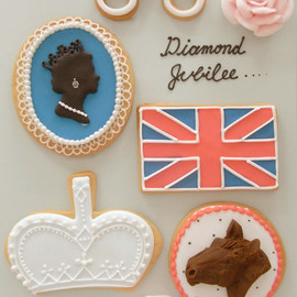 Thumb and Cakes - Diamond Jubilee Sweets