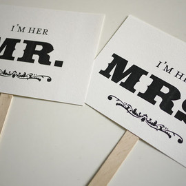 Luulla - Mr and Mrs - Thank You - Double Sided Photo Props Signs (PRINTABLE)