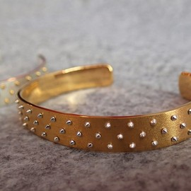 Chigo - COMBI COLOR STUD Bangle