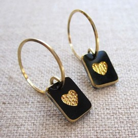 by boe - ピアス Tiny Heart(Black)