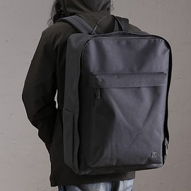 ROARK REVIVAL - VENTURE STAND BACKPACK
