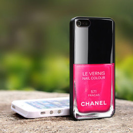 CHANEL LE VERNIS - iPhoneケース