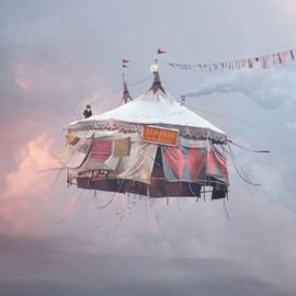 LAURENT CHEHERE - Flying Houses