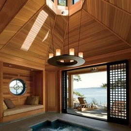 Hot tub / luxury...