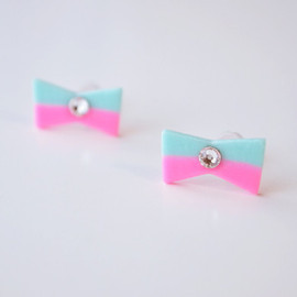 a cloudy dream - RIBBON PIRCE BORDER COLOUR VIVID PINK/MINT