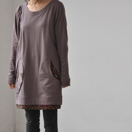 etsy - Simple comfortable large pocket pullover T shirt