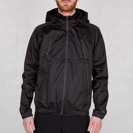 Nike Sportswear - Zipped Windrunner - Black