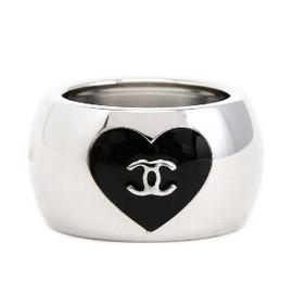 CHANEL - HEART RING