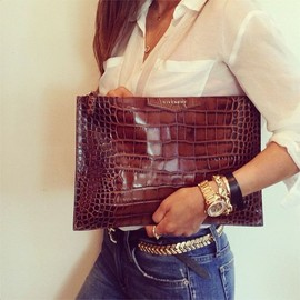 GIVENCHY - Crcodile Clutch