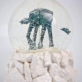Star Wars AT-AT Snow Globe
