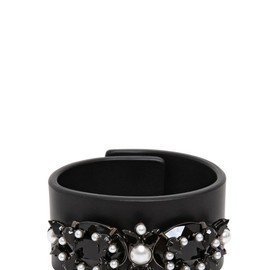 GIVENCHY - CRYSTAL PEARLS JEWELS LEATHER BRACELET
