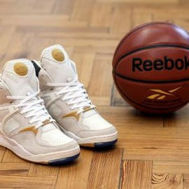 Reebok - FOOTPATROL × REEBOK THE PUMP G.O.A.T