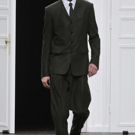 Dior Homme - 2012-13 Fall / Winter - LOOK1