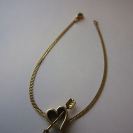 FURNISHING YUKI - Heart& Arrow Bracelet