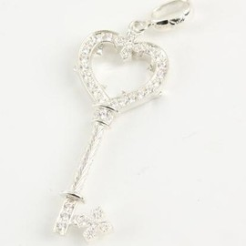 Loree Rodkin - Loree Rodkin heart key