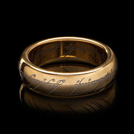 ThinkGeek - Gold-Plated Tungsten Carbide One Ring