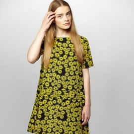 YMC - Dandelion Pleat Dress (yellow/black)
