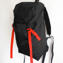Inst Design Work - Nylon Backpack (Color: Black×Red)