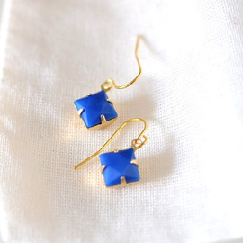 Luulla - Blue Diamond Dangle Earrings