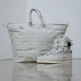 NIKE - Special Field Air Force 1 - Light Bone/Sail