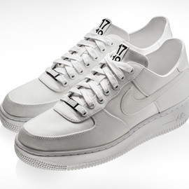 Nike - AIR FORCE 1 DSM SPECIAL EDITION