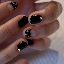 Bijoux nails Paris - 大人Rockなネイル