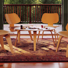 Eames Plywood Lounge Chair LCW