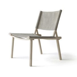Jasper Morrison and Wataru Kumano for Nikari - Self-assembly chair