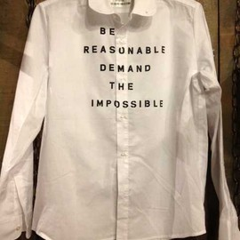 SEDITIONARIES(A STORE ROBOT) - Slogan shirt