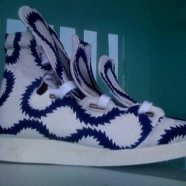ancien  malcolm mclaren - blue squiggle 3 tongue trainers