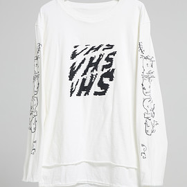 NADA. - W face long sleev tee/ White