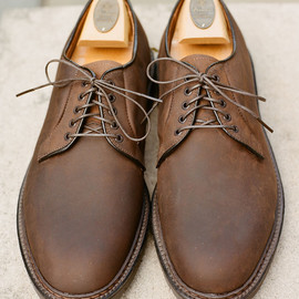 ALDEN - 9431S Plain Toe Blucher in Tobacco Oiled Nubuck