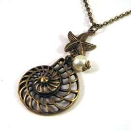 Luulla - Antiqued bronze shell and starfish necklace jewelry