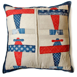 KAPITAL - Aviator Quilt Cushion