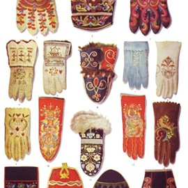 Scandinavian gloves from Bossert, Folk Art of Europe