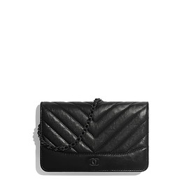 CHANEL - Wallet on Chain