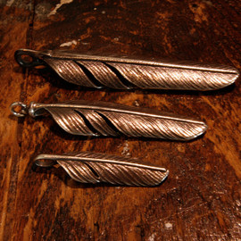 LYNCH SILVERSMITH - LYNCH FEATHER