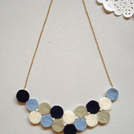 HOMAKO - Taira Polka Dot necklace