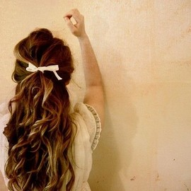 hairstyle/bow