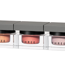 THREE - BREEZY SHIMMER FOR EYES