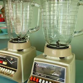 16-Speed Blender/'90s vintage