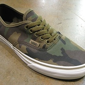 VANS - Authentic Camo