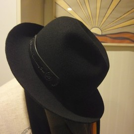 UNRIVALED - GROK LEATHER CUSTOM HAT