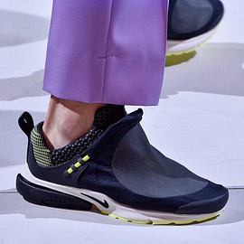 NIKE, COMME des GARCONS - Air Presto Foot Tent - Dark Obsidian/ Sail/Pastel Yellow?