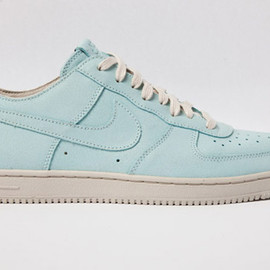 NIKE - Air Force 1 Low Light Sneaker
