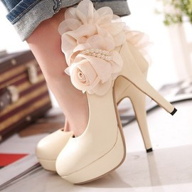 Goodinthebox - Big flower lady waterproof a joker cream-colored shoes