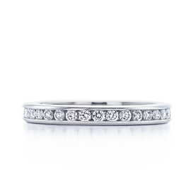 Tiffany & Co. - Channel-set band ring of diamonds in platinum