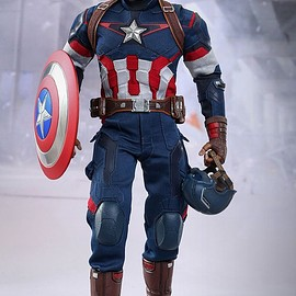 Hot Toys - AVENGERS: AGE OF ULTRON CAPTAIN AMERICA