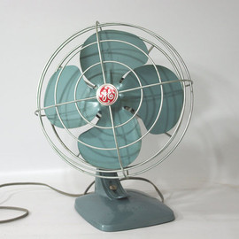 GE - Vintage GE Electric Fan
