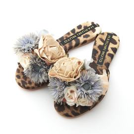 HARUMI MUTO - Camouflage Sandal with Corsage